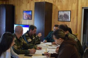 Госинспекторы заповедника Хакасский пишут географический диктант