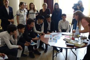 Ученики определяют качество питьевой воды