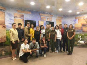 Участники пресс-тура на экскурсии в Музее природы