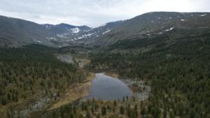 Каскад безымянных озер