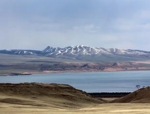 Озеро Шира (фото В. Непомнящего)