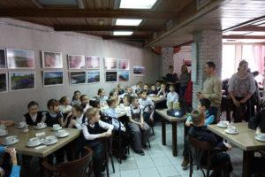 Ученики СОШ № 25 приняли участие в экологическом празднике День Кошек